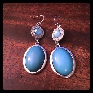 Jewelry - 💖✨Pretty Blue Silver Earrings✨💖